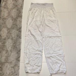 White Lululemon Pants